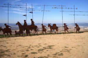 numento a los peregrinos en el Alto del Perdón. Camino Francés