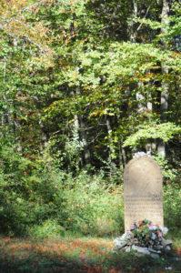Estela de la Virgen tombstone in Alto de Mezkiriz