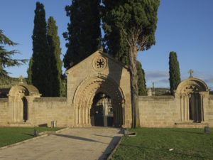 Remains of the church of San Juan de Acre in the cemetery of Navarrete