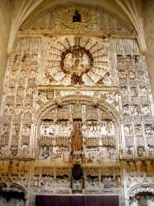Stone altarpiece of the church of San Nicolás during the stage from Santo Domingo de la Calzada to Burgos