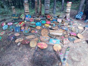 "Decorations made by pilgrims in ""The oasis road"", Montes de Oca"