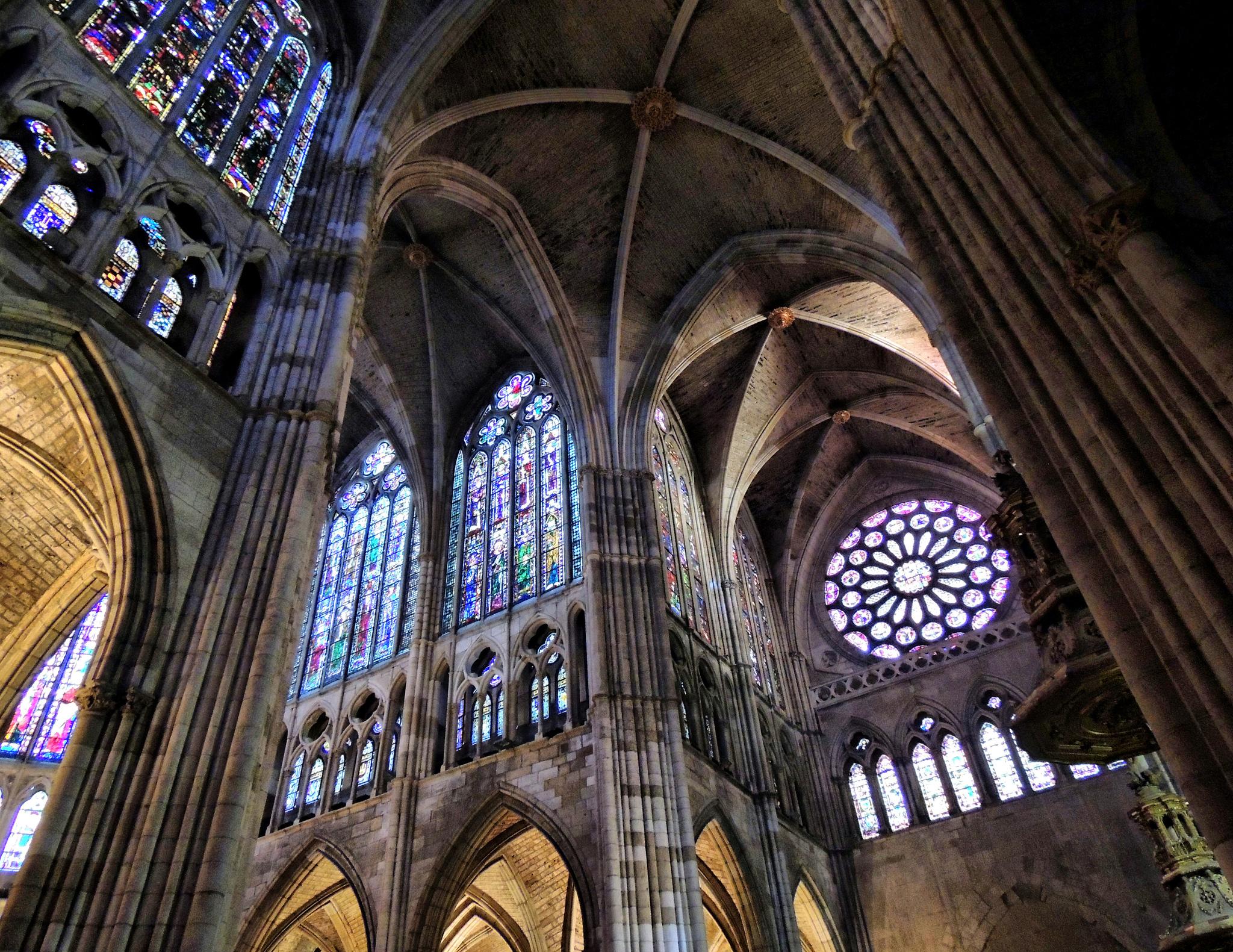 Crucero y transepto sur de la Catedral de León (Fotografía cedida por Jose Luis Cernadas Iglesias)