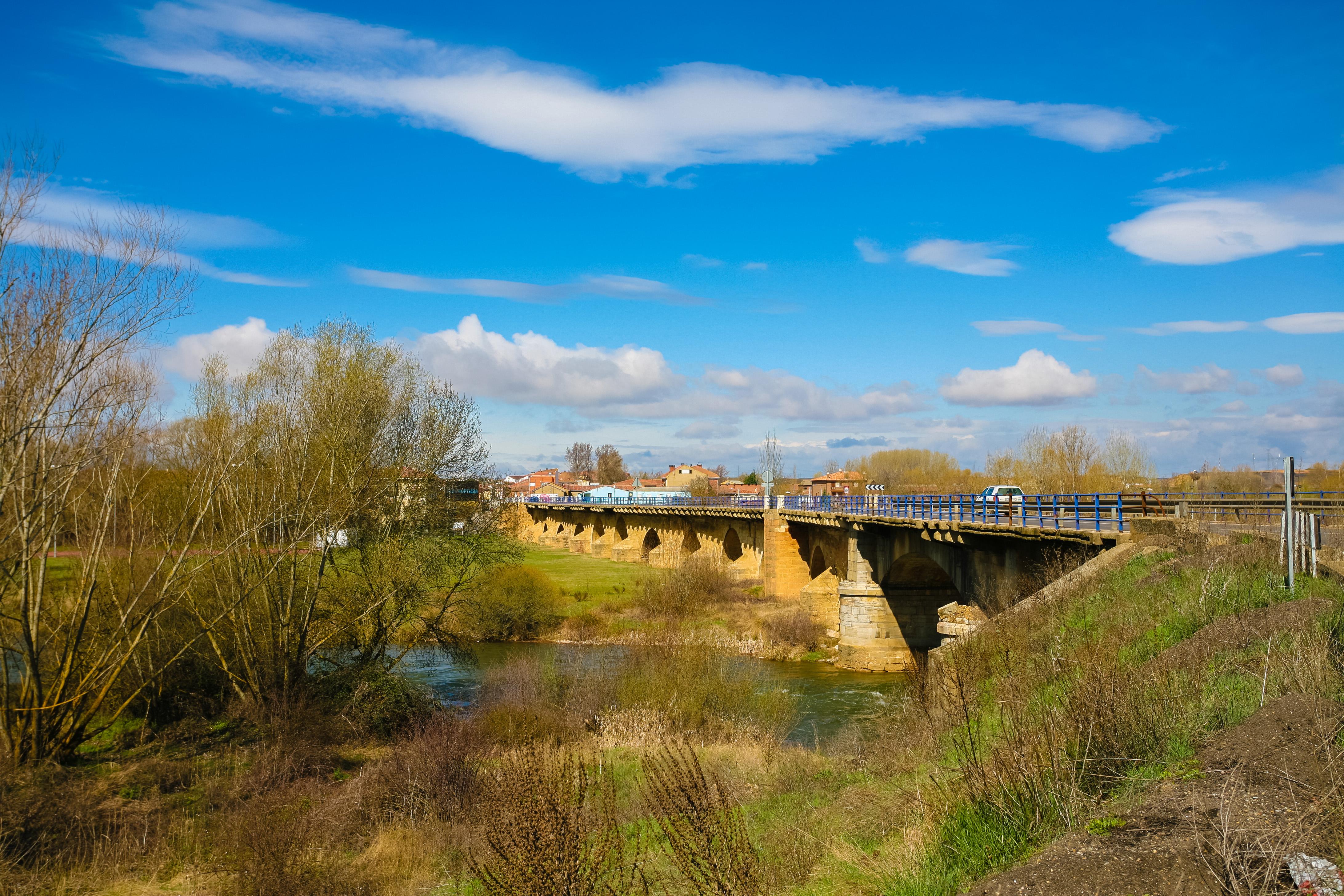 Puente romano en Villarente