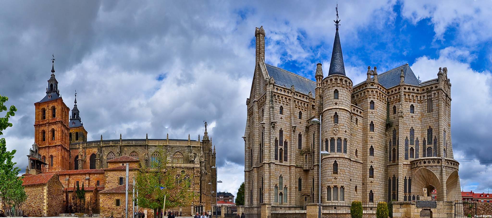 Cathedral of Astorga and Palace of Gaudí in Astorga