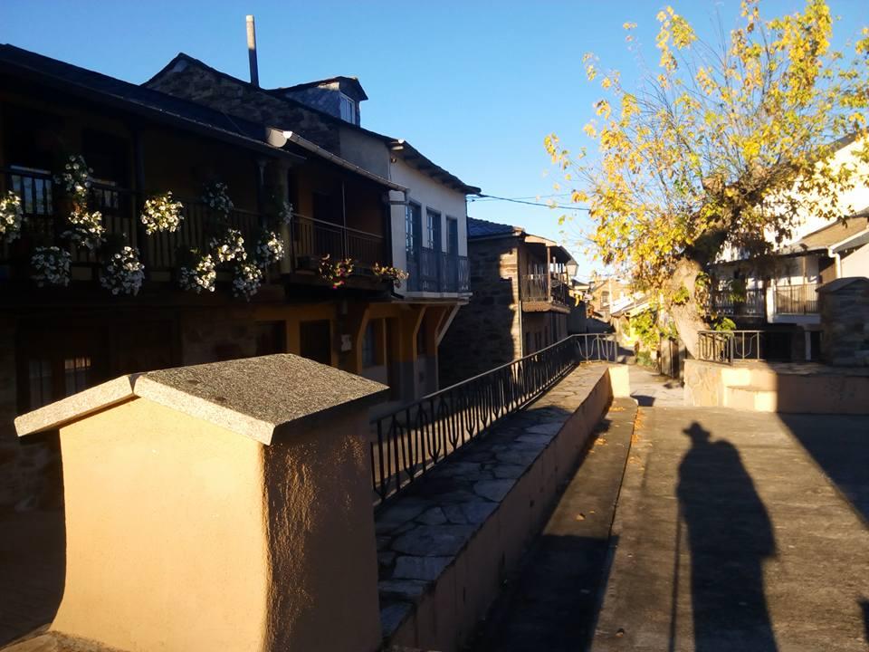 calle-principal-del-acebo