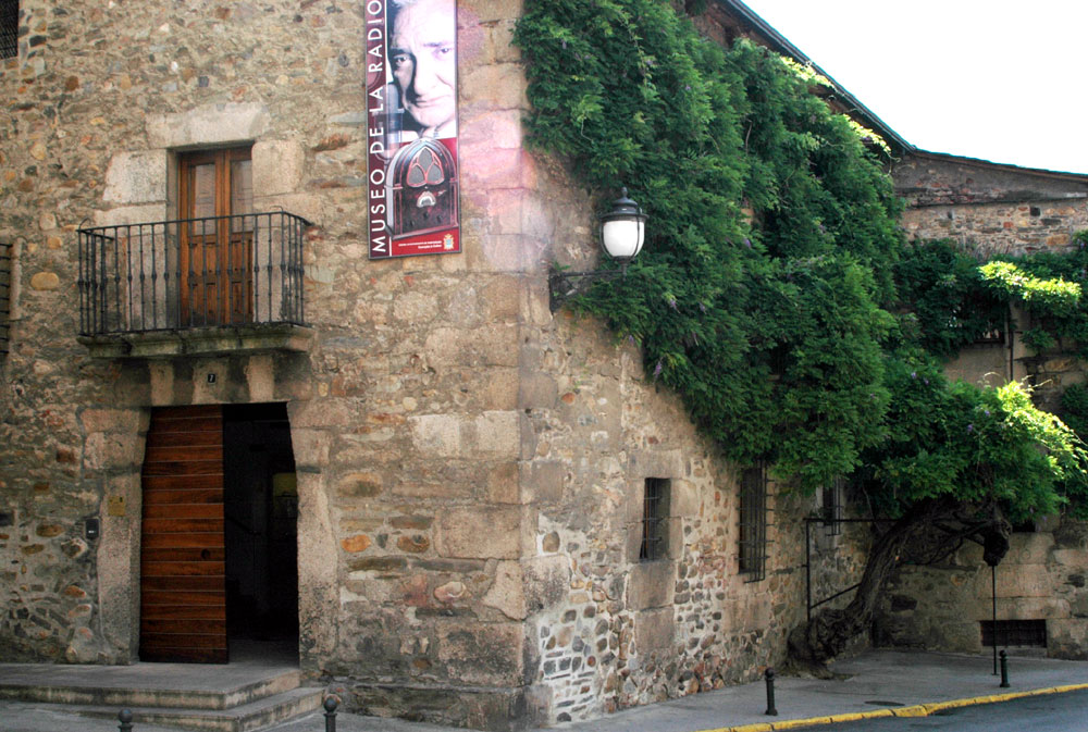 Main Facade of Museo de la Radio
