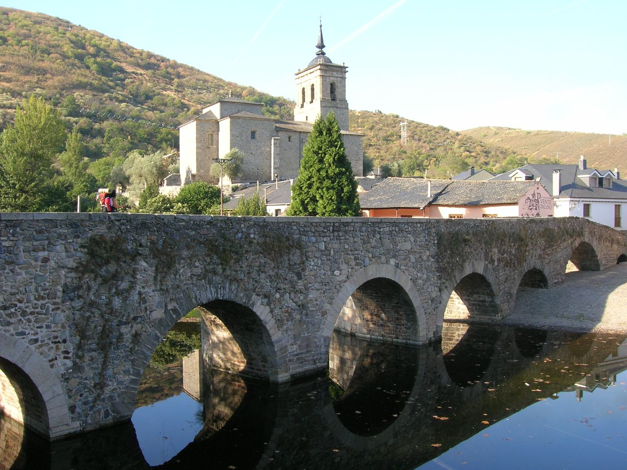 Puente de Molinaseca before arrive in Ponferrada