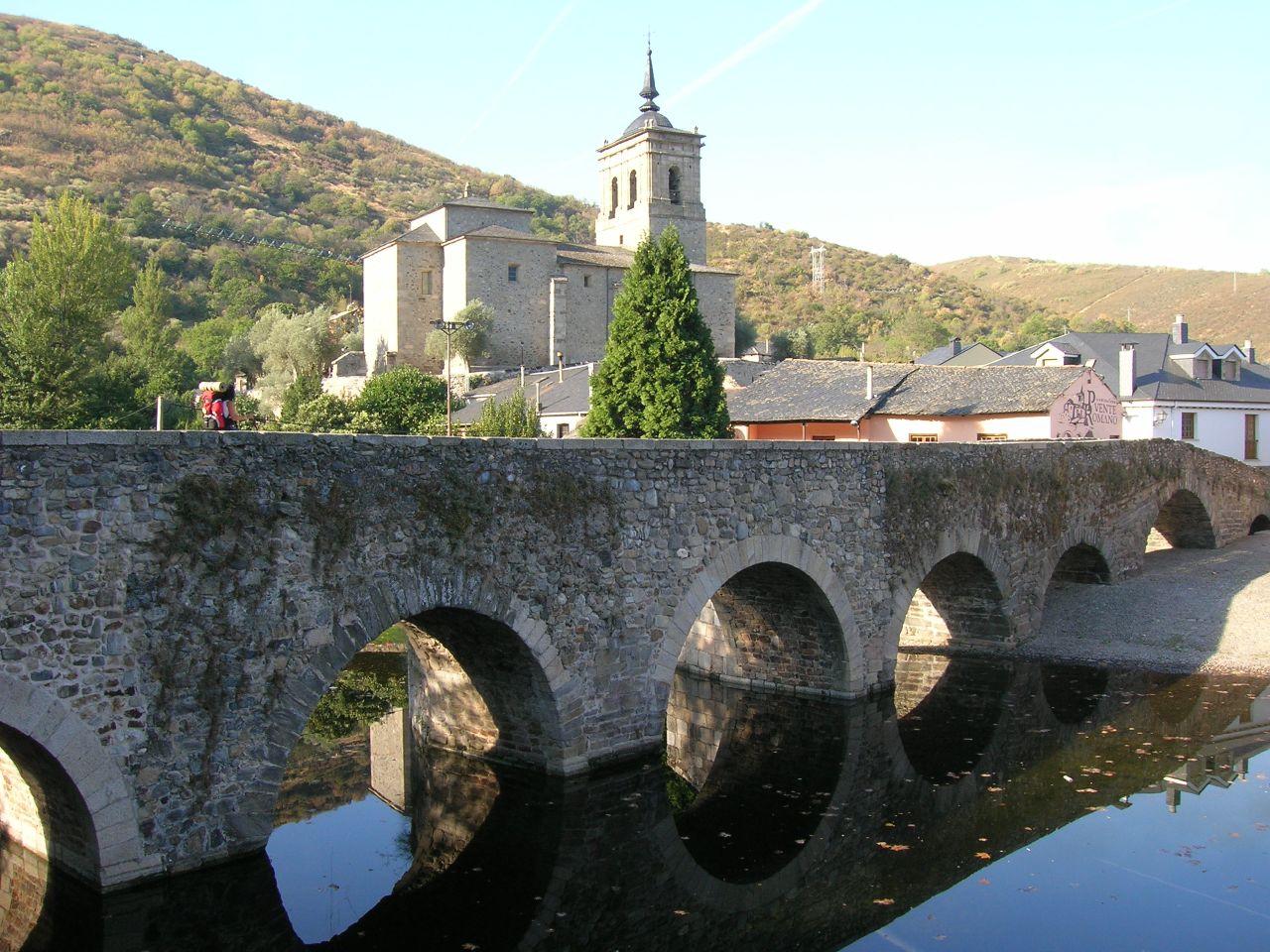 Puente de Molinaseca before arrive in Ponferrada