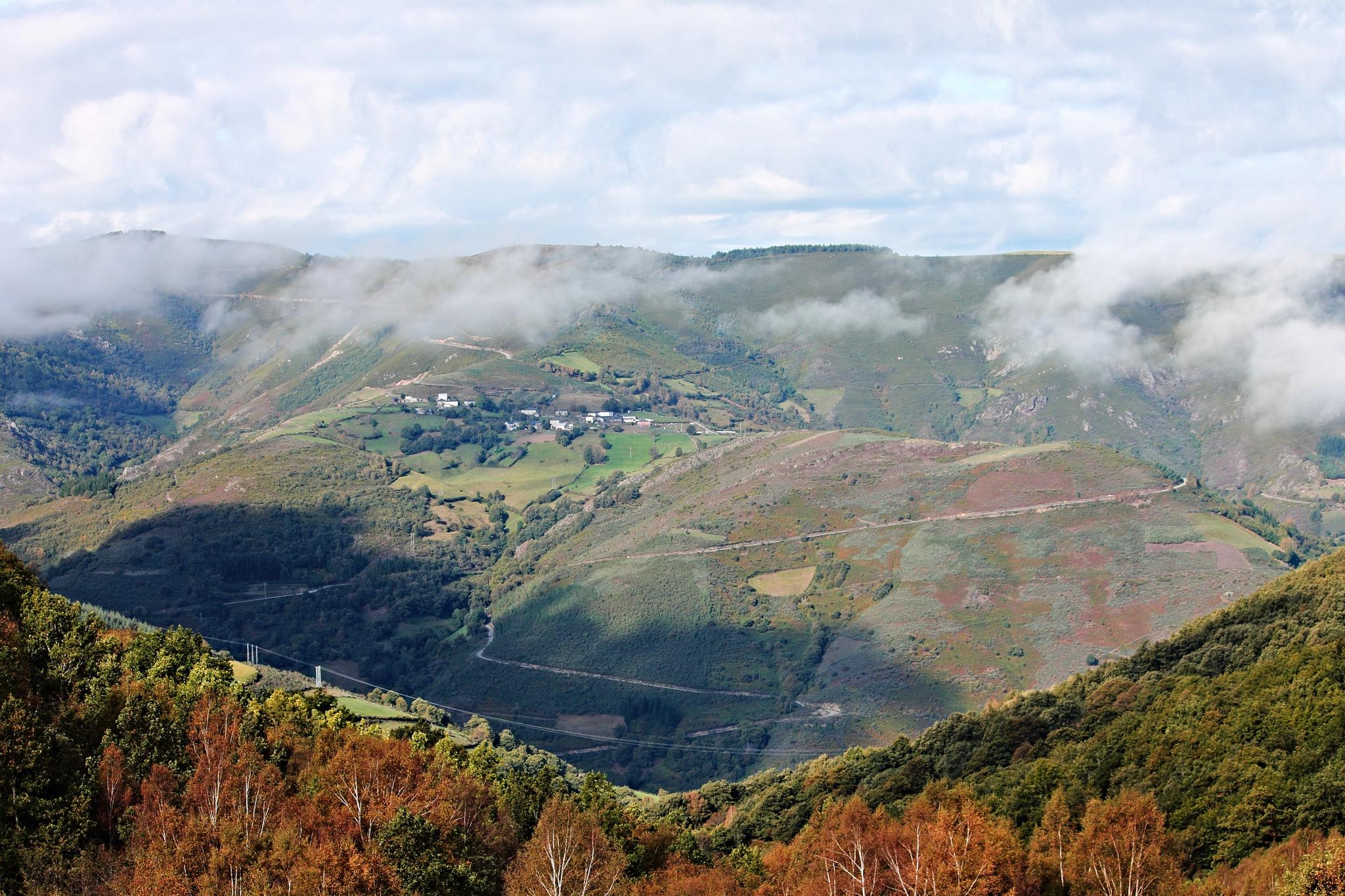 Preciosa vista panorámica desde el alto de los Ancares