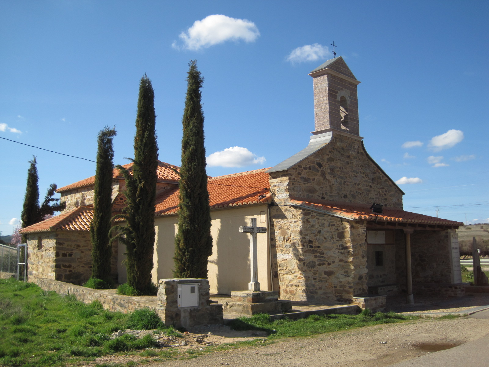 "Hermitage of the ""Ecce homo"" in Valdeviejas"